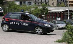 <p>Immagine d'archivio di carabinieri al lavoro. REUTERS REUTERS/Max Rossi (ITALY)</p>
