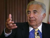 <p>Carl Icahn in una foto d'archivio. REUTERS/Chip East (UNITED STATES)</p>