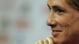 <p>Spain's national soccer player Fernando Torres listens to a question during a news conference for the Euro 2008 tournament in Neustift im Stubaital near Innsbruck June 20, 2008. REUTERS/Felix Ordonez (AUSTRIA) MOBILE OUT. EDITORIAL USE ONLY</p>