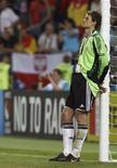 <p>Вратарь сборной Германии Йенс Леманн в матче со сборной Испании на Евро-2008 в Вене 29 июня 2008 года. Вратарь сборной Германии Йенс Леманн принял решение завершить международную карьеру, сообщает Футбольная Федерация Германии (ФФГ). (REUTERS/Dominic Ebenbichl)</p>