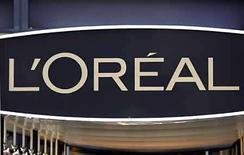 <p>Foto de archivo de la sede del fabricante de cosmésticos L'Oreal en Clichy, Francia, 18 feb 2008. Un tribunal belga rechazó el martes todas las acusaciones de la francesa L'Oreal contra eBay por la venta de fragancias y productos cosméticos falsos en la página de subastas en internet, informó la minorista estadounidense en un comunicado. El fabricante de cosmésticos L'Oreal inició acciones legales en Francia, Bélgica, Alemania, Reino Unido y España en septiembre del 2007, alegando que la casa de subastas en internet no hacía lo suficiente para combatir la venta de falsificaciones. (Foto de archivo) Photo by (C) CHARLES PLATIAU / REUTERS/Reuters</p>