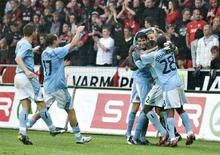 <p>Il Manchester City durante una partita in Danimarca. REUTERS/Henning Bagger/Scanpix (DENMARK)</p>