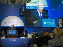 """<p>Вице-президент США Дик Чейни на конференции на озере Комо в Италии, 6 сентября 2008 года. США хотят открыть с Европой """"единый фронт"""" для координации будущей политики в отношении России, сообщил высокопоставленный американский чиновник в понедельник. REUTERS/David Bohrer/The White House/Handout (ITALY).</p>"""