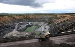 <p>Месторождение урана, разрабатываемое ERA, на севере Австралии 2 сентября 2008 года. Влиятельный парламентский комитет Австралии, крупнейшего поставщика урана, призвал правительство приостановить экспорт России ядерного топлива, так как не уверен, что Москва использует его в мирных целях. REUTERS/Rio Tinto/David Hancock/Handout (AUSTRALIA)</p>