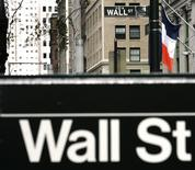 <p>Signs marking the entrance to Wall Street are seen in New York October 6, 2008. REUTERS/Shannon Stapleton</p>