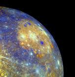 <p>Una immagine del pianeta Mercurio dalla sonda NASA Messenger. REUTERS/NASA/JHUAP/ Arizona State University/Handout</p>