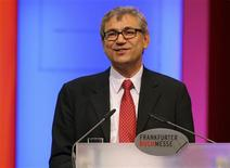 <p>Turkish Nobel Literature Prize winner Orhan Pamuk speaks during the opening ceremony of the Frankfurt book fair, October 14, 2008. The world's largest book fair with its focal theme on Turkish literature will run from October 14 until October 20. REUTERS/Arne Dedert/Pool</p>