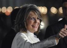 """<p>Cast member Diane Keaton arrives to attends the premiere of the film """"Mad Money"""" in Los Angeles January 9, 2008. REUTERS/Phil McCarten</p>"""