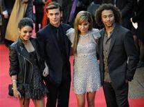 <p>Gli attori di High School Musical 3, Hudgens, Efron, Tisdale e Bleu. REUTERS/Kieran Doherty (BRITAIN)</p>
