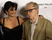"""<p>O diretor Woody Allen ao lado de Penelope Cruz, uma das estrelas de """"Vicky Cristina Barcelona"""" REUTERS/Gustau Nacarino (SPAIN)</p>"""