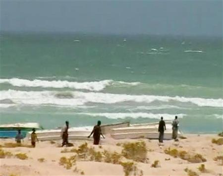 Ransoms bring wealth to Somali pirate bases - Reuters