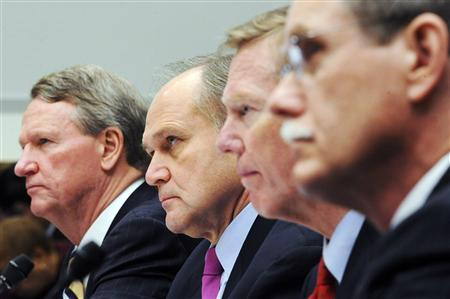 General Motors Chairman and CEO Richard Wagoner (L-R), Chrysler CEO Robert Nardelli, Ford Motor Company President and CEO Alan Mulally and United Auto Workers President Ron Gettelfinger sit to testify about a proposed government bailout plan for the US auto industry at a hearing of the House Financial Services Committee on Capitol Hill in Washington, December 5, 2008. REUTERS/Jonathan Ernst (UNITED STATES)