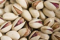 <p>Pistachios are seen after sorting at a processing factory in Rafsanjan, 1,000 kilometers southeast of Tehran September 23, 2008. REUTERS/Caren Firouz</p>