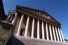 <p>A l'occasion du 50e anniversaire de la première séance de la première législature de la Ve République, en 1958, l'Assemblée nationale française a mis en ligne mardi l'ensemble de ses archives depuis 1958. Elles sont accessibles sur le site http://archives.assemblee-nationale.fr/index.asp./Photo d'archives/REUTERS</p>