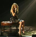 "<p>Singer Taylor Swift performs ""I'm Sorry"" at ""The Grammy Nominations Concert Live! Countdown to Music's Biggest Night"" in Los Angeles in this file photo from December 3, 2008. REUTERS/Mario Anzuoni</p>"