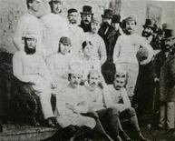 """<p>Команда """"Шеффилд Юнайтед"""" на фотографии, датируемой приблизительно 1857 годом, во время выставки, посвященной 150-летию клуба 8 ноября 2007 года. REUTERS/Sheffield FC/Handout</p>"""