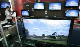 <p>Alcuni monitor Lg REUTERS/Jo Yong-Hak</p>