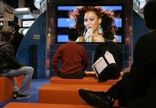 <p>Sezione del Consumer Electronics Show di Las Vegas nel gennaio 2008. REUTERS/Steve Marcus</p>