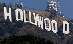 <p>The famed Hollywood sign is seen September 21, 2001. REUTERS/Fred Prouser/File</p>
