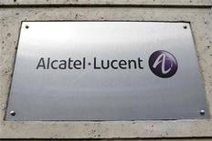 <p>Il logo di Alcatel-Lucent, immagine d'archivio. REUTERS/Charles Platiau (FRANCE)</p>