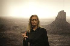 <p>Photographer Annie Leibovitz from the U.S. poses in front of her picture 'Monument Valley' at the C/O gallery in Berlin, February 20, 2009. The gallery hosts her exhibition 'A Photographer's Life 1990-2005' from February 21 until May 24 in the German capital. REUTERS/Tobias Schwarz</p>