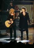 <p>Sisters Nancy (L) and Ann Wilson of the band Heart perform during the second annual VH1 Rock Honors concert at the Mandalay Bay Events Center in Las Vegas, Nevada May 12, 2007. REUTERS/Steve Marcus</p>