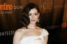 "<p>Anne Hathaway arrives at the premiere of the film ""Valentino: The Last Emperor"" in New York March 17, 2009. REUTERS/Lucas Jackson</p>"