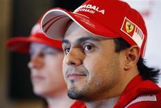 <p>Piloto da Ferrari Felipe Massa durante entrevista coletiva em Melbourne, local do primeiro GP da F1 em 2009, no fim de semana. 26/03/2009. REUTERS/Mick Tsikas</p>