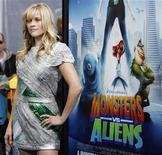 """<p>Foto de archivo de la actriz Reese Witherspoon durante la premiere de """"Monsters vs. Aliens"""" en Universal City, California, 22 mar 2009. REUTERS/Mario Anzuoni</p>"""