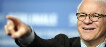 """<p>Ator Steve Martin em coletiva de imprensa para promoção do filme """"Pantera Cor de Rosa 2"""", em Berlim. 13/02/2009. REUTERS/Johannes Eisele</p>"""