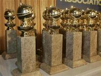 <p>The Hollywood Foreign Press Association's new Golden Globe statuettes are shown during a news conference in Beverly Hills, California January 6, 2009. REUTERS/Fred Prouser</p>