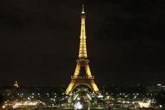 <p>The Eiffel Tower is pictured in Paris March 28, 2009. REUTERS/Benoit Tessier</p>