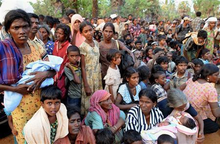 Sri Lankan war in endgame, 100,000 escape rebel zone