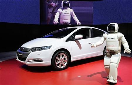 Honda Insight First Hybrid To Rank Top In Japan
