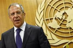 <p>Министр иностранных дел РФ Сергей Лавров на встрече в здании ООН в Нью-Йорке 1 мая 2009 года. Россия и Грузия возобновили в Женеве переговоры о безопасности, прерванные накануне из-за нежелания российской стороны участвовать в дискуссиях в отсутствие Абхазии. REUTERS/Shannon Stapleton</p>