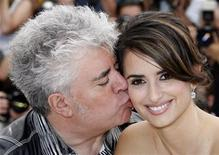 """<p>Director Pedro Almodovar (L) poses with cast member Penelope Cruz during a photocall for the film """"Los Abrazos Rotos"""" at the 62nd Cannes Film Festival May 19, 2009. REUTERS/Eric Gaillard</p>"""