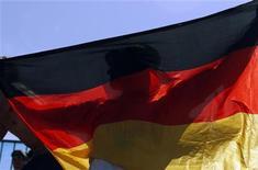 <p>Immagine d'archivio di una bandiera tedesca. REUTERS/Mick Tsikas (AUSTRALIA)</p>