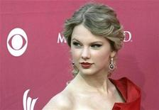 <p>Singer Taylor Swift arrives at the 44th Annual Academy of Country Music Awards in Las Vegas April 5, 2009. REUTERS/Steve Marcus</p>