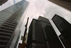 <p>The Canadian Imperial Bank of Commerce and Toronto-Dominion Bank headquarters are shown in dowtown Toronto with CIBC on the left and the TD Centre on the right. REUTERS/File</p>
