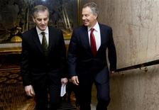 <p>Norwegian Foreign Minister Jonas Gahr Store (L) and International Quartet envoy to the Middle East, Tony Blair, arrive prior to the meeting of the international donor group for the Palestinian Authority (AHLC), in Oslo June 8, 2009. REUTERS/ Heiko Junge/SCANPIX</p>