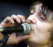 <p>British singer Pete Doherty of Babyshambles performs during Budapest's Sziget Music Festival on an island on the Danube River in this August 17, 2008 file photo. REUTERS/Karoly Arvai</p>