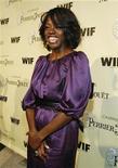 """<p>Foto de archivo de la actriz Viola Davis en la fiesta """"Women In Film"""" en Los Angeles, 20 feb 2009. Davis, nominada a un Oscar por """"Doubt"""", se unirá a su competidora por un premio de la Academia Toni Collette en su serie de la cadena Showtime """"United States of Tara"""". REUTERS/Mario Anzuoni</p>"""