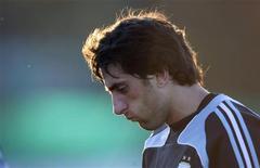 <p>Jogador argentino Milito em Buenos Aires. 04/06/2009. REUTERS/Marcos Brindicci</p>