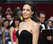 <p>Foto de archivo de la actriz estadounidense Angelina Jolie a su llegada a la entrega número 81 de los premios Oscar en Hollywood, California, feb 22 2009. REUTERS/Mario Anzuoni (UNITED STATES)</p>