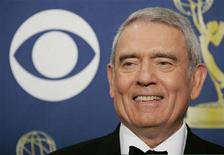 <p>Dan Rather stands backstage after a tribute to the late Peter Jennings at the 57th annual Primetime Emmy Awards in Los Angeles, California September 18, 2005. REUTERS/Mike Blake</p>