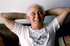 """<p>Ronnie Biggs, poses in Brazil in this September 1992 file photo. Britain's Justice Secretary Jack Straw announced on August 6, 2009, that """"Great Train Robber"""" Biggs has been granted release from his prison sentence on compassionate grounds. REUTERS/Sergio Moraes</p>"""