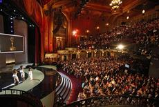 <p>Imagem do 36o Annual Daytime Emmy Awards, no Teatro Orfeu, em Los Angeles.30/08/2009.REUTERS/Danny Moloshok</p>