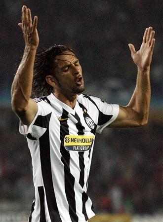 8e4b56925 Bordeaux seize deserved draw at Juventus - Reuters