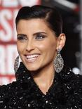 <p>Singer Nelly Furtado arrives at the 2009 MTV Video Music Awards in New York, September 13, 2009. REUTERS/Eric Thayer</p>