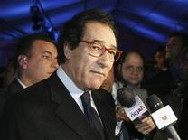 <p>Farouk Hosni, the Egyptian Minister of Culture, speaks to the press before the world premiere of the 'The Princess of the Sun', an animated French-Belgium cartoon about Tutankhamun's reign held at the pyramids in Giza, March 13 2007. REUTERS/Tara Todras-Whitehill</p>